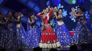 TV Actress Rashmi Desai Live Dance Performance Big Fat Indian Wedding Sangeet Event
