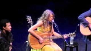 Mine-Taylor Swift (LIVE)