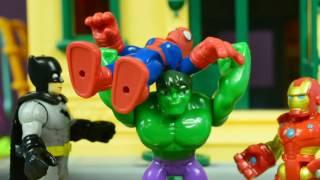 Aventuras de Juguetes|Campeonato de Superheroes Spiderman,IronMan y Hulk ¿Quien es el más