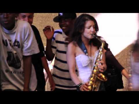 George Michael - Saxy Sax Girl in New York: Careless Whisperer Prank