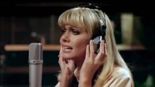 Olivia Newton-John - A Little More Love  (1978)