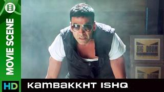 Akshay is the new stunt man | Kambakkht Ishq | Movie Scene