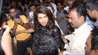 Priyanka Chopra CAUGHT At Mumbai Airport Returns After Quantico Shoot