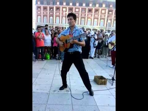 Roberto Avila un Genio de la guitarra.Musica de peliculas Wéstern