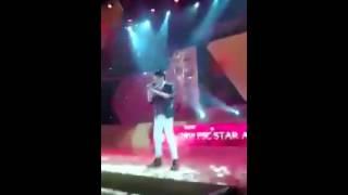 FLASHLIGHT- Darren Espanto at 29th FSC STAR AWARDS (02-09-2016)