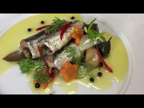 How to prepare and cook oil sardines