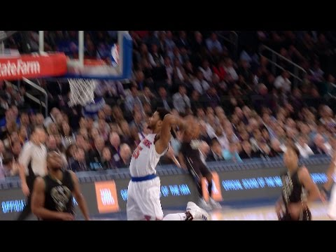 D-Rose Shows Out with Dunk and