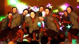 Marathi Movie Aayna Ka Bayna Team Perform On Stage [HD]