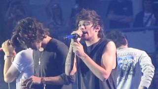 One Direction - You & I (Live @ Esprit Arena) NIAM