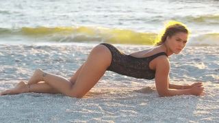 Ronda Rousey - Outtakes - Sports Illustrated Swimsuit 2015