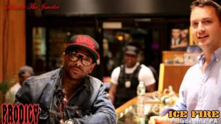 """Mobb Deep"" (in HD): Prodigy picks up an order from Dimitre The Jeweler @ Ice Fire in Philly"