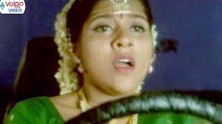 Rashmi Goutham Movie Scenes || Rashmi Goutham Emotional Scenes || Volga Videos 2017