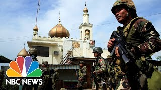 Army Battles To Oust ISIS-Linked Fighters Besieging Philippines City | NBC News