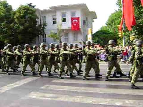 30 Ağustos Zafer Bayramı Kutlamaları Bağdat Caddesi Kadıköy