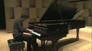 Simon Larivière plays Jacques Hétu - Impromptu op. 70