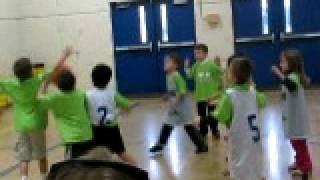 Nay Pee-Wee basketball clip1