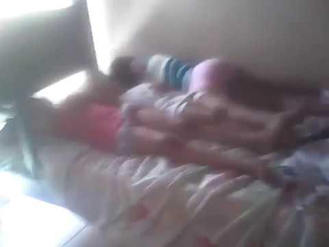 mi hermana esta durmiendo