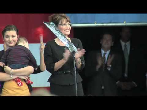 watch Lee Greenwood sings God Bless the USA at Sara Palin Rally
