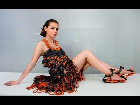 Плетение платья из резинок видео