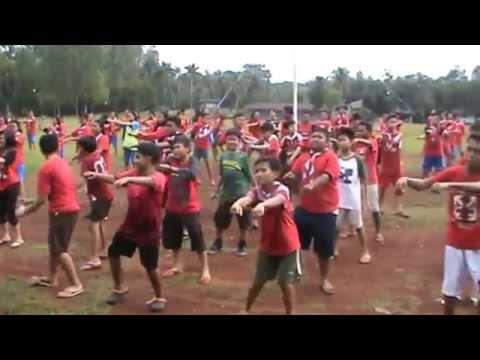 Senam Gemufamire SMP Strada Nawar, Bekasi di Cibubur
