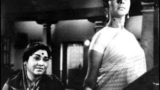 Gejje Pooje (ಗೆಜ್ಜೆ ಪೂಜೆ 1969) directed by Putanna Kanagal starring Kalpana,Gangadhar,Leelavathi