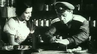 W starym kinie   Dodek na froncie 1936