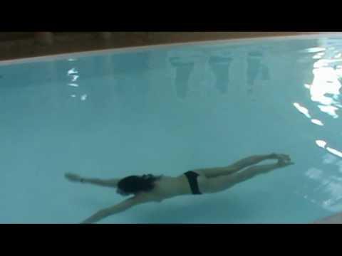 nauka pływania w basenie nago hotel spa azzun