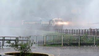 Train goes through Heaven: Dudhsagar Water Falls....