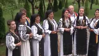 Grupul vocal FRUNZA VERDE IASOMIE din Grebenisu de Campie - Frunză verde iasomie