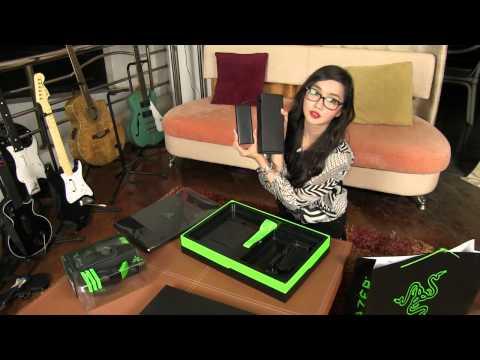 Razer Blade Gaming Laptop unboxing my Diablo3 LVL60 Wizard by Alodia