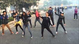 Renault Roadies X4 Task 2 - Flash mob