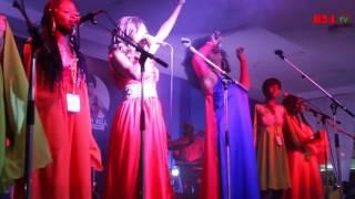 Nayanka Bell au concert de Pamika