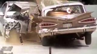 اختبار تصادم بين سياره قديمة وجديده
