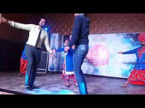 punjabi girl   sexy dance