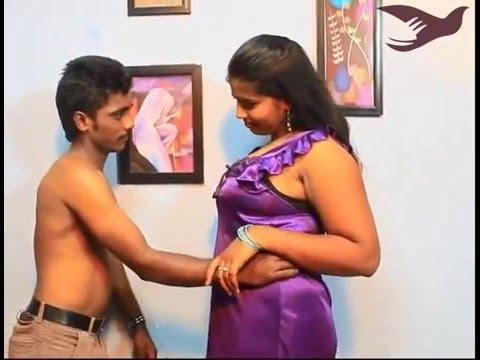 Xxx Mp4 কাজের ছেলেকে দিয়ে যৌন চাহিদা পুরন করলো ভাবি। Bangla Hot Crime Movie Scene 3gp Sex