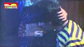 NAvel kiss very hot