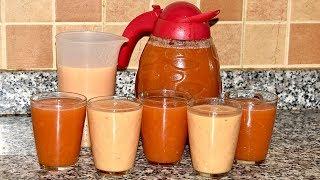 عصير الخوخ بنوعين مختلفين بدون حليب ولا برتقال ولا جزر بكمية وفيرة تروي عطش الصيف