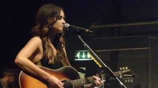 "Kacey Musgraves - ""Rainbow""(new song) - Shepherds Bush O2 Empire, London - 13 October 2013"