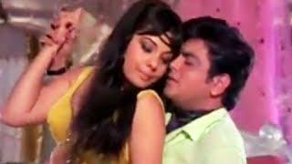 Haseen Dilruba Kareeb Aa Zara - Sensuous Hindi Love Song