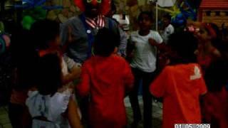 """Xuxa """"imita o macaco"""" concurso de dança..."""