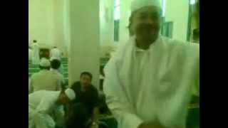 3.Non Muslîm brother Of Philippines converted In islam .3gp