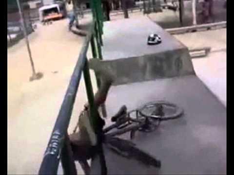 Os melhores tombos de bicicleta