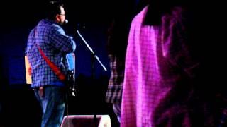 Pastor Cris FDH ensina a dançar Rock na Arena