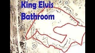 Secret  Elvis  Presely second floor bathroom exposed
