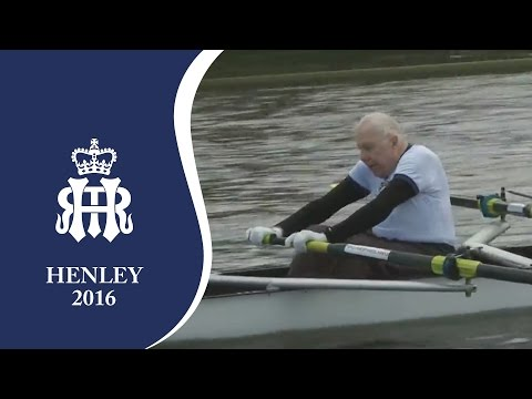 92 year-old Dr Francis de Marneffe row past | Henley 2016