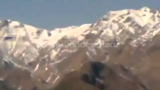 Taliban with pakistani army on border with afghanistan