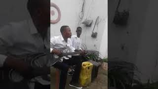 PANYA MDOGO AMBAE ALIKUA BINTI WA MFALME HADITHI ZA KISWAHILI SWAHILI FAIRY TALES NGUO MPYA ZA MFALM