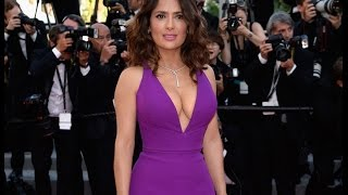 Salma Hayek Latest Hot Sexy Pic||Hottest Sexy Ample Pics Gallery||Spills Out of her Gown During Stea