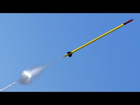 Water Rocket flies to 1752 feet 534m