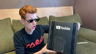 🔴 SILVER PLAY BUTTON UNBOXING! (Live) - ThatOneRandom Ginger